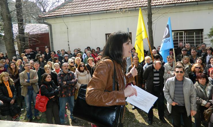 589334_zrenjanin-protest-prosvetara
