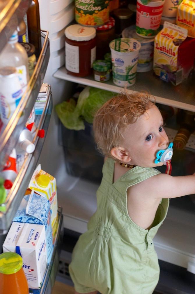 Hrana za bebe u frižideru