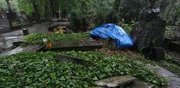 Nie zaznali spokoju po śmierci. Zniszczone groby znanych ludzi