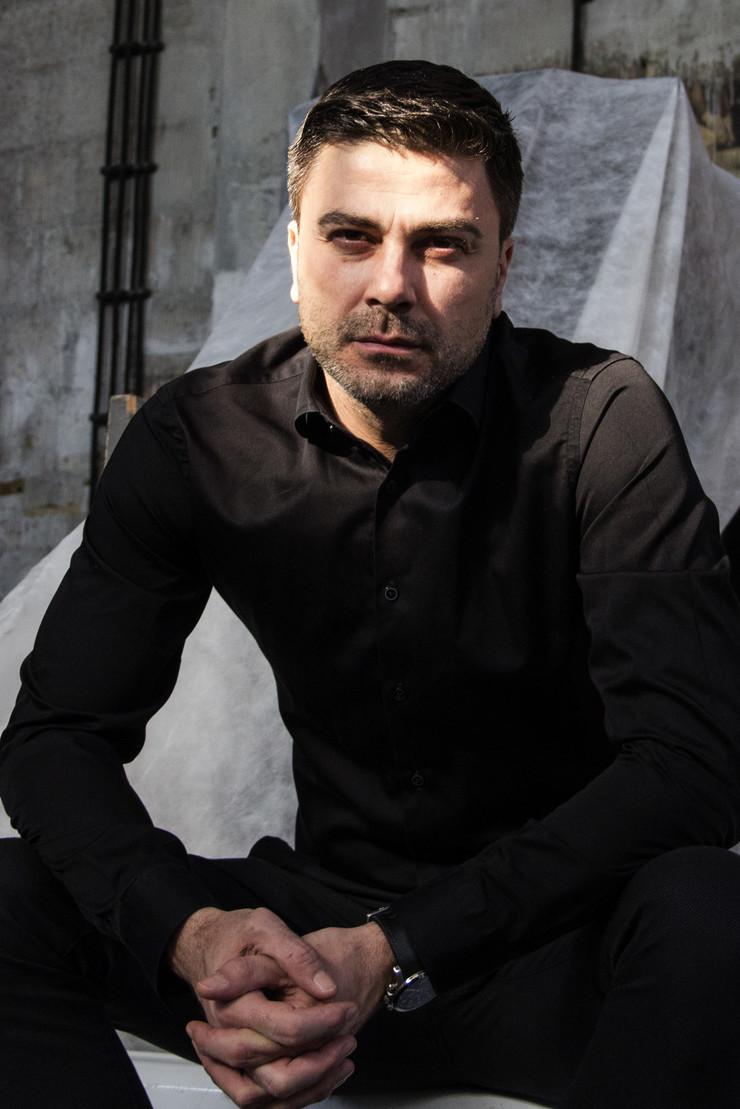 Miki Damnjanović