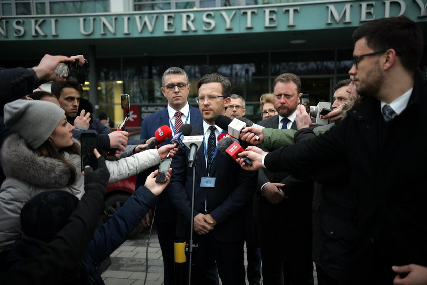Paweł Adamowicz nie żyje. Tak lekarze walczyli o życie Pawła Adamowicza
