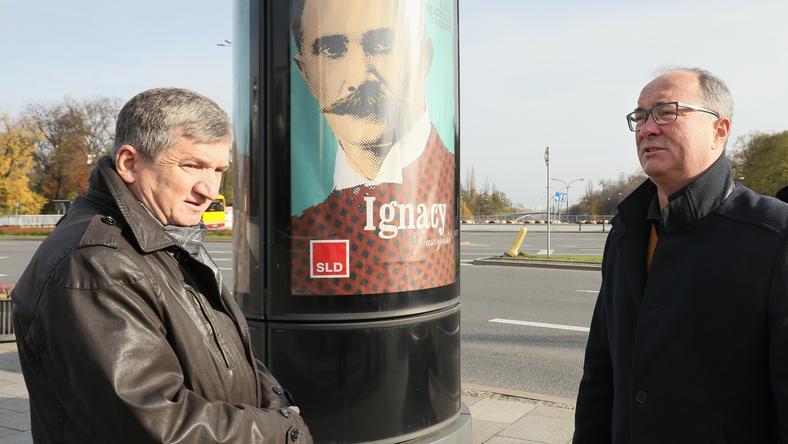 Jerzy Wenderlich (po lewej) jest przewodniczącym Komitetu Budowy Pomnika