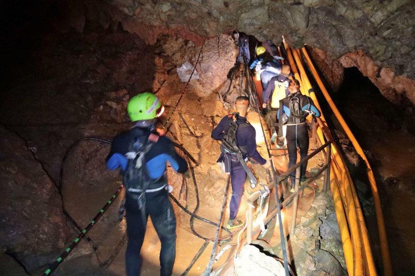 W jaskini dzieci zrobiły to jako pierwsze na świecie