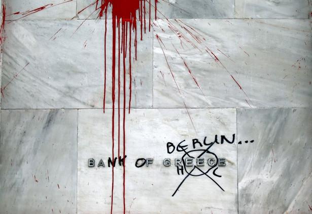 Ateny (Grecja). Graffiti na budynku Banku Centralnego Grecji.