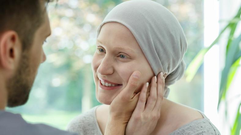 Kobieta chora na nowotwór