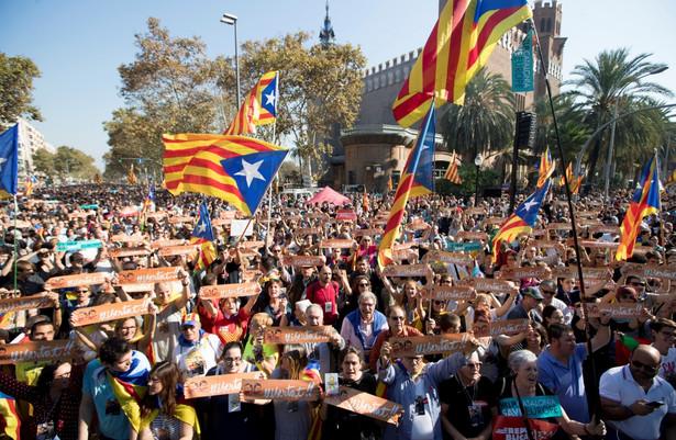 Zwolennicy niepodległości od pewnego czasu prowadzą niezależną od Madrytu ewidencję