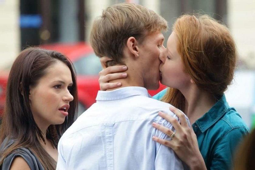 """Tak całuje Ula w """"M jak miłość"""""""