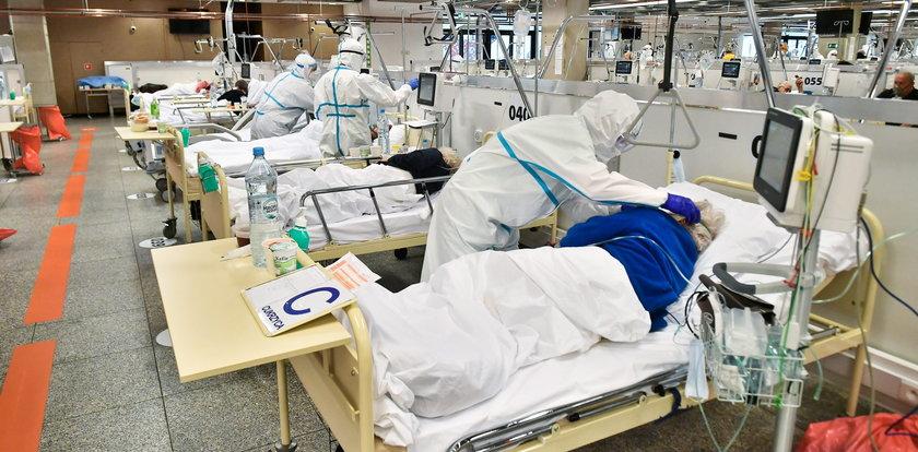 Rodziny chorych na COVID-19 przemycają amantadynę do szpitali. Chowają lek do mydelniczek czy tamponów