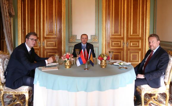 Aleksandar Vučić, Redžep Tajip Erdogan i Bakir Izetbegović