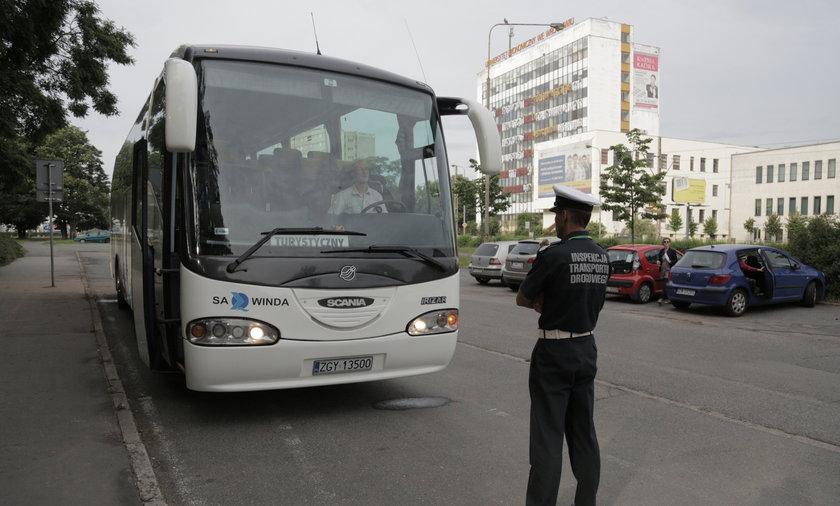 Wakacyjne kontrole autobusów