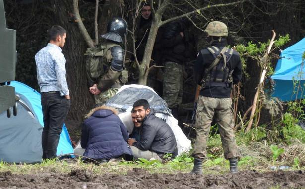 Migranci w Usnarzu Górnym