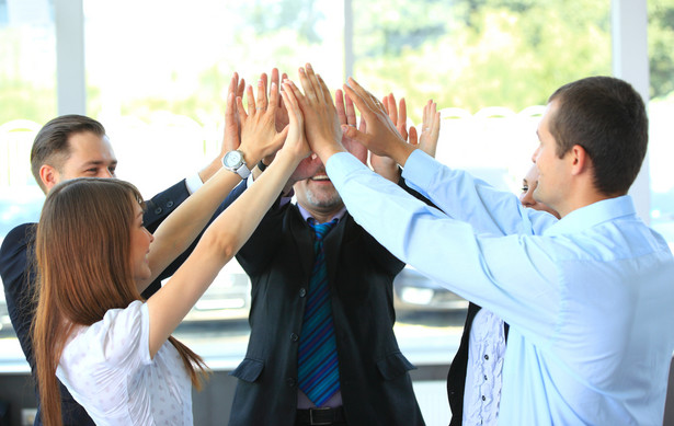 Drużyna studentów Wydziału Prawa i Administracji Uniwersytetu Warszawskiego zwyciężyła w Foreign Direct Investment International Arbitration Moot