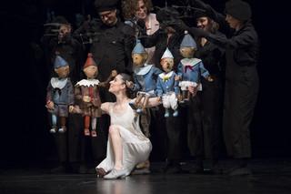 """W poszukiwaniu zachwytu. """"Król marionetek' w Teatrze Lalka"""