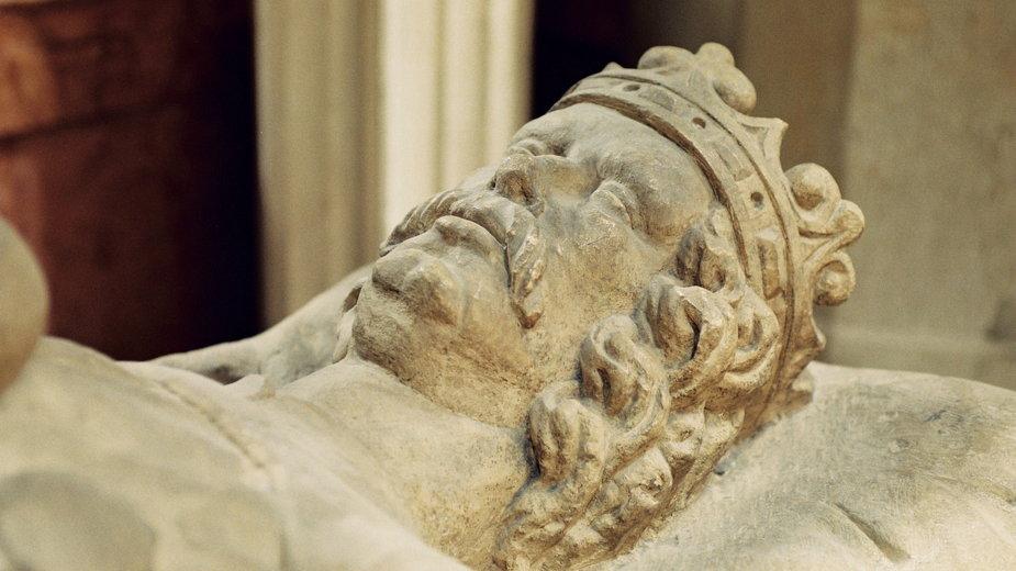 Wawel: naukowcy zajrzeli do komory grobowej króla Władysława Łokietka