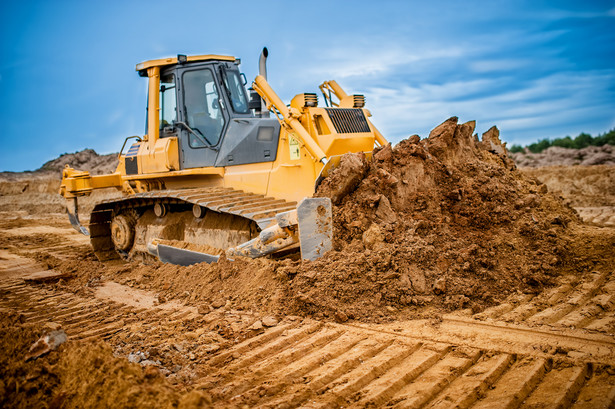 PIU podkreśla, że presja na zabudowę nowych terenów, zmiany klimatyczne oraz mnogość stosowanych materiałów budowlanych i rozwiązań technologiczno-konstrukcyjnych powodują, że obiekty w coraz większym stopniu narażone są na uszkodzenie w wyniku działań sił natury