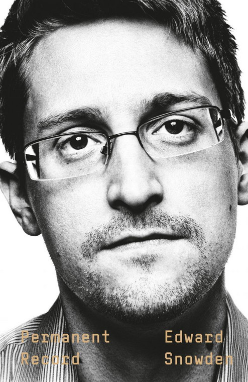 "Edward Snowden - ""Permanent Record"" (okładka)"