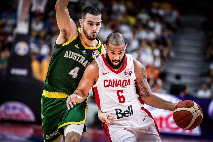 Košarkaška reprezentacija Kanade, Australije