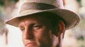 Woody Harrelson amerykańskim żigolakiem po 50-tce