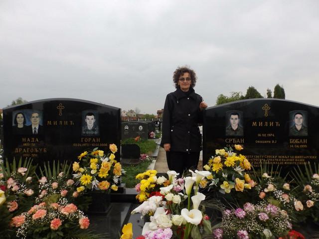 Nada na grobu