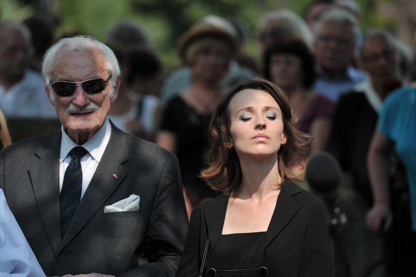 Kamila Łapicka na pogrzebie męża