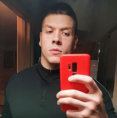 Golišava fotografija Slobe Radanovića zapalila internet: Pevač prevazišao sam sebe, žene u transu! FOTO