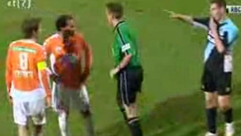 Zobacz, jak piłkarz z Holandii sławi Hitlera