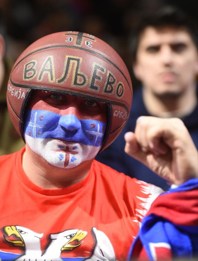 """Navijači su napunili """"Pionir"""" ne bi li pomogli """"orlovima"""" da se plasiraju na Mundobasket"""