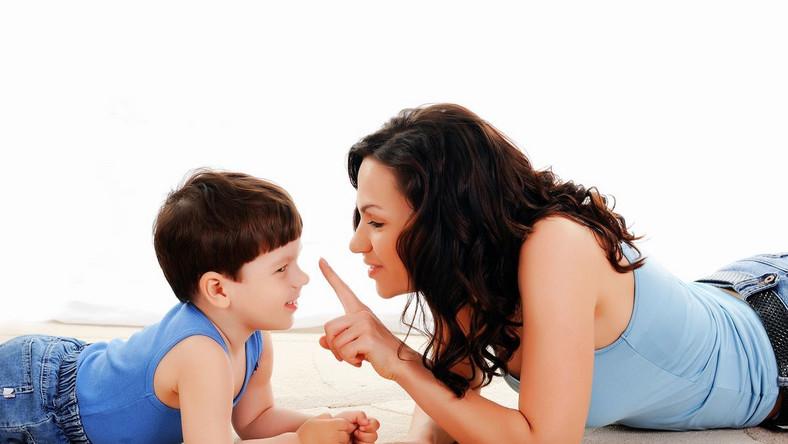Dziecko pod opieką matki