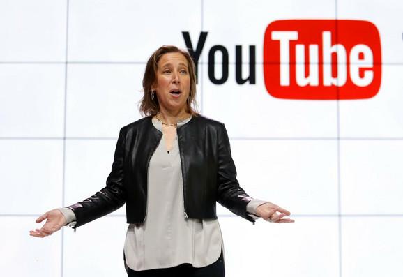 Pooštrena je kontrola ko može da naplaćaje reklame na svom Jutjub kanalu