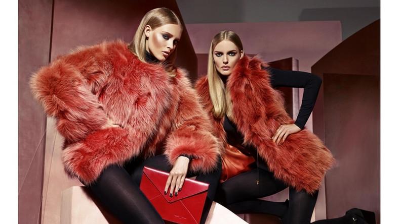 Podczas światowych tygodni mody wyodrębniły się dwa dominujące trendy – barwna awangarda inspirowaną bohemą oraz klasyka utrzymana w neutralnej palecie barw. Futrzane okrycia i dodatki w modnych, intensywnych kolorach pojawiły się na wybiegach Prady i Marni, natomiast Fendi i Balenciaga zaprezentowały bardziej klasyczne i stonowane projekty. Barwne obrazy i dzieła sztuki stanowiły też inspirację dla najnowszej kolekcji marki Andrzej Jedynak. Propozycjami na sezon jesień-zima 2014/2015 są modne połączenia kolorystyczne i nowoczesne fasony.