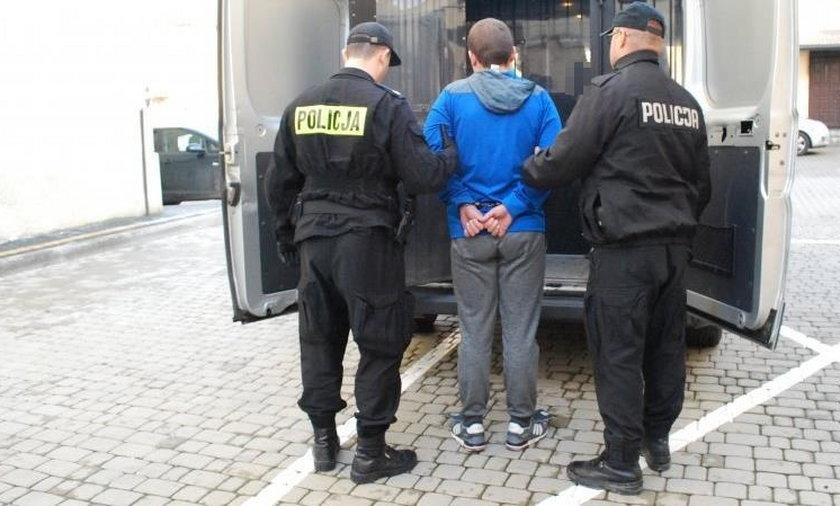 Policjanci zatrzymali 19-latka, który był zamieszany w oszustwo emerytki w Rzeszowie