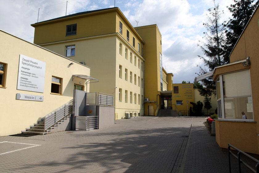 Budynek szpitala Przemienienia Pańskiego w Poznaniu