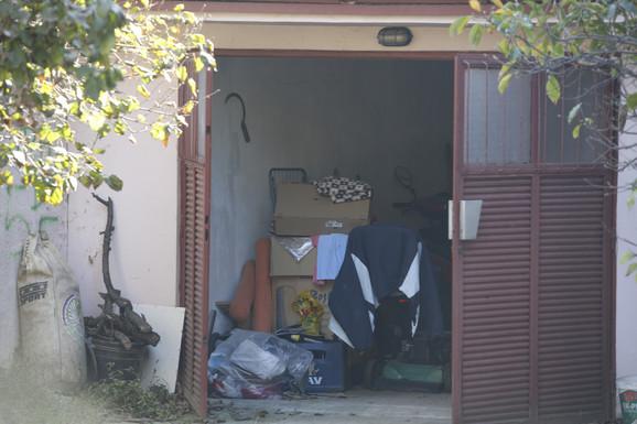 Garaža u kojoj je Slobodan zakopao majku