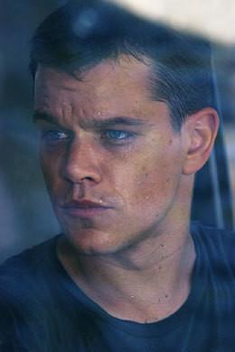 """Dla kinomanów w TVP1 premiery w kilku cyklach filmowych, m.in. """"Krucjata Bourne'a"""""""