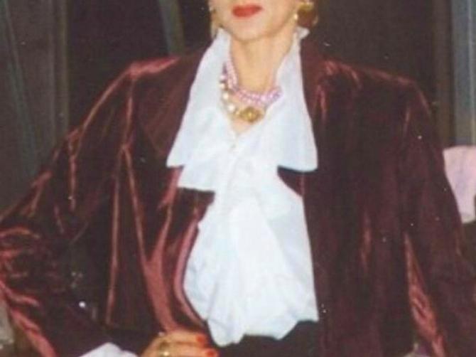 Nema novca ni za lekove, a TEŠKO JE BOLESNA: Za legendarnu jugoslovensku glumicu koja GRCA U BEDI konačno stižu lepe vesti