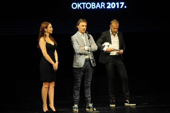 Autor filma Grada Branković (u sredini)