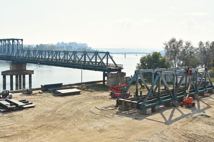 Novi Sad055 uklanjanje montazno demontaznog mosta Bosko Perosevic foto Nenad Mihajlovic