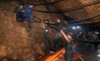 Tajlandia: Odnaleziono uwięzione w jaskini dzieci. Wszystkie żyją