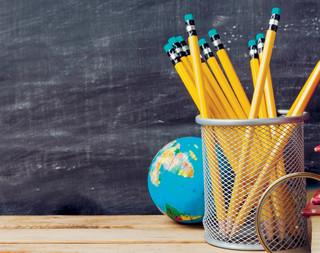 Umowy bezterminowe dla nauczycieli: Propozycja MEN gorsza niż to, co gwarantuje kodeks pracy