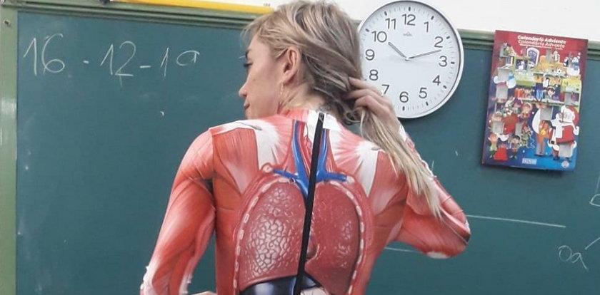 Ta nauczycielka zaskoczyła wszystkich uczniów. Ale pomysł!
