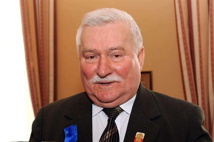 Wałęsa poucza Tuska