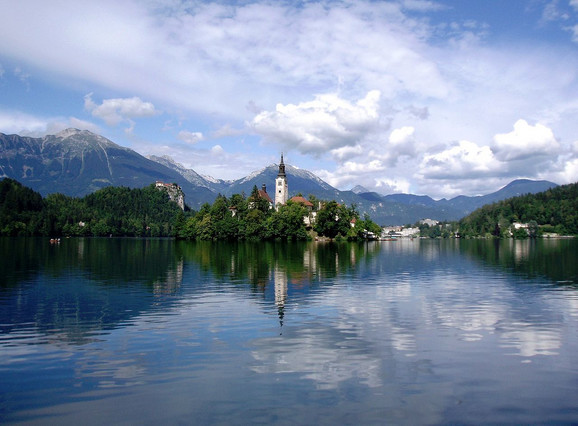 Bledsko jezero u Sloveniji