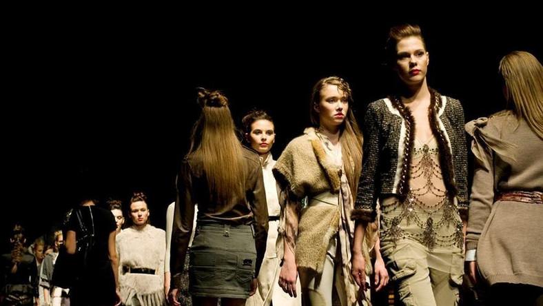 Elisabetta Franchi Celyn b. w kolekcji jesień-zima na Manufaktura Fashion Week