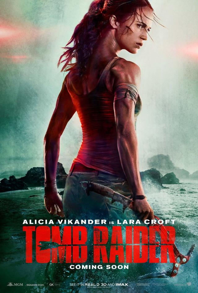Lara Kroft i njen podugački vrat
