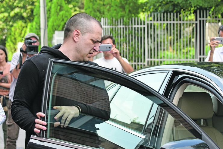 Zoran Marjanovic izlazi iz zatvora_120718_RAS foto Snezana Krstic31