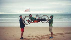 Przejechali rowerami 9 krajów, aby spełnić marzenie kolegi