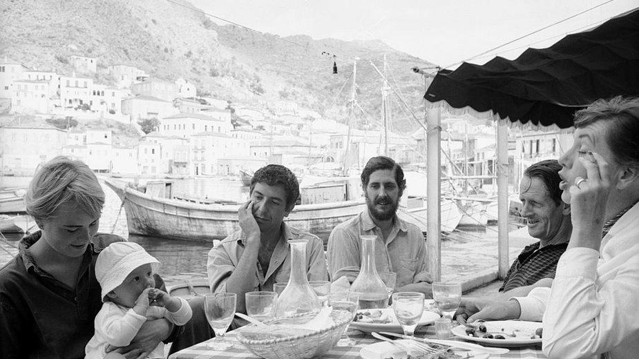 Marianne Ihlen i Leonard Cohen na wyspie Hydra w październiku 1960 r.