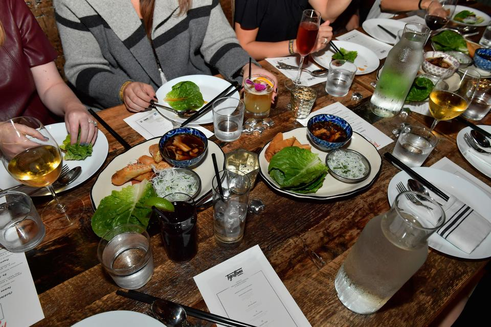 lunch randki singapur islamskie serwisy randkowe Kanada
