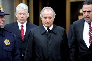 Bernie Madoff, finansista oskarżony o kolosalne oszustwa w USA, zmarł w więzieniu