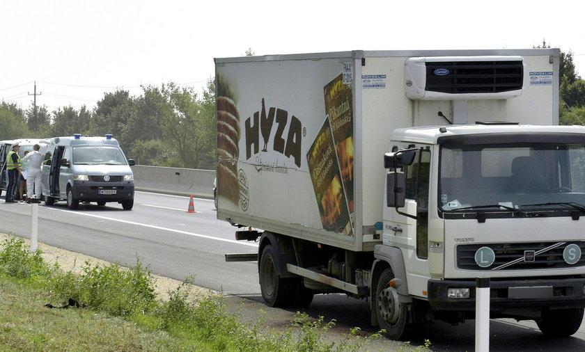 Kilkudziesięciu uchodźców uduszonych w ciężarówce